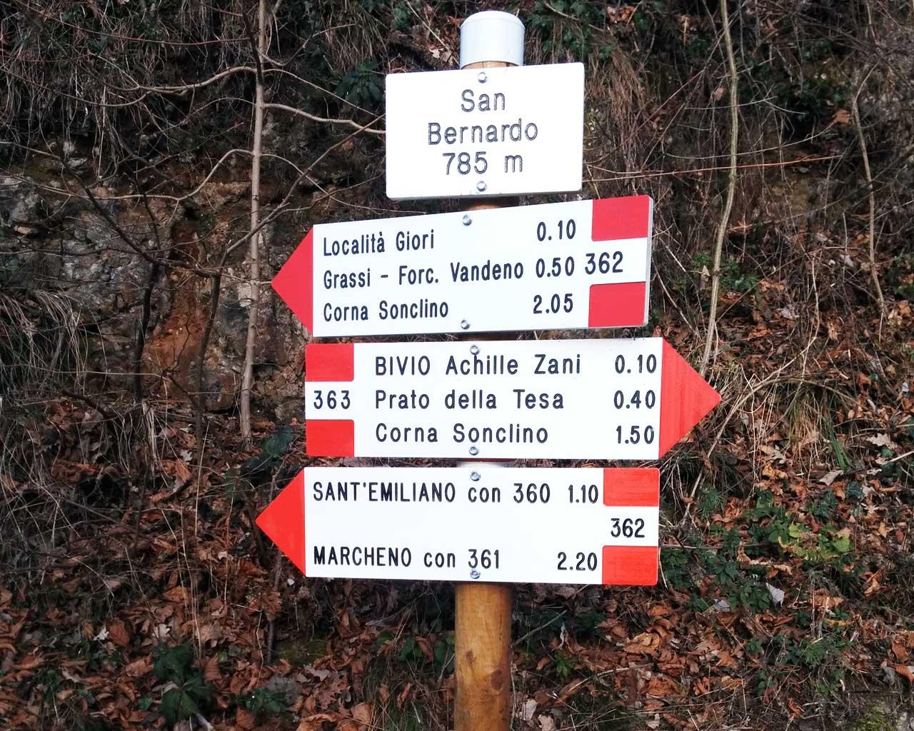 I segnavia Cai in località San Bernardo