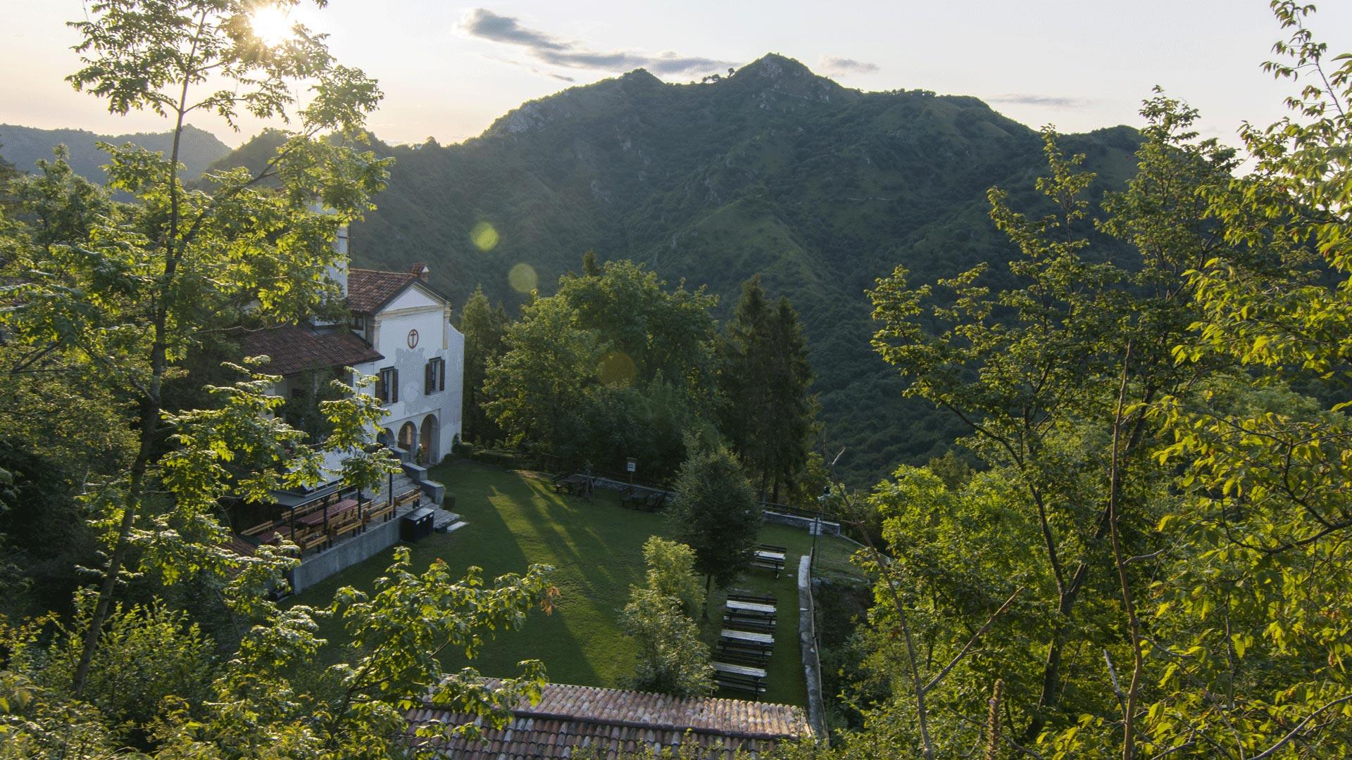 Uno scorcio dall'alto del santuario di Sant'Emiliano