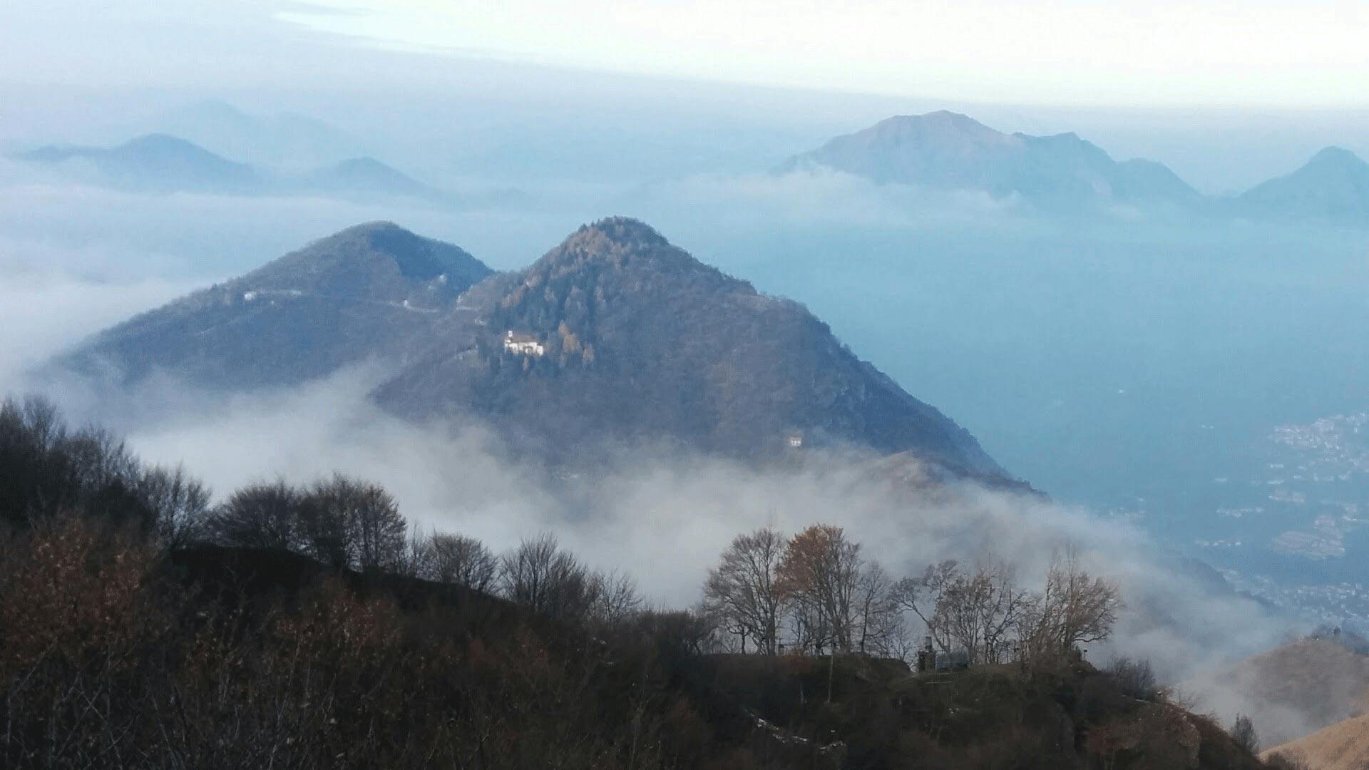 Vista panoramica del monte S. Emiliano dalla strada del Sonclino